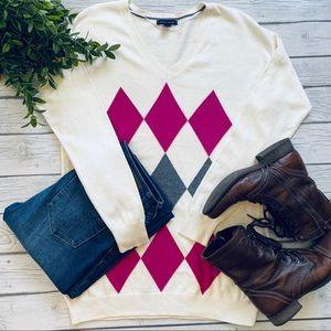 🌟SALE🌟 Tommy Hilfiger Argyle V-Neck Sweater